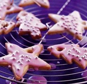 Retete de dulciuri Bucatarie: romaneasca Timp preparare: o ora si jumatate Evenimente: Retete pentru Craciun, Retete pentru Revelion