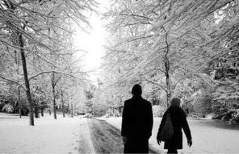dragoste articole iubire amor cuplu despartire iarna ninsoare frig dor